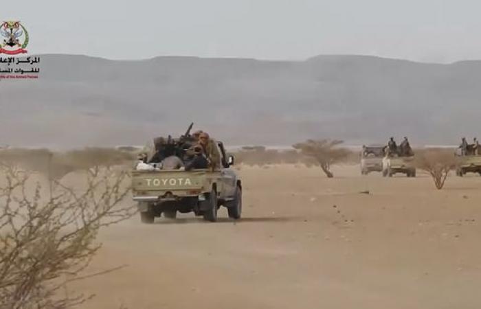 اليمن | شاهد.. الجيش اليمني يحرر مواقع جديدة في صرواح