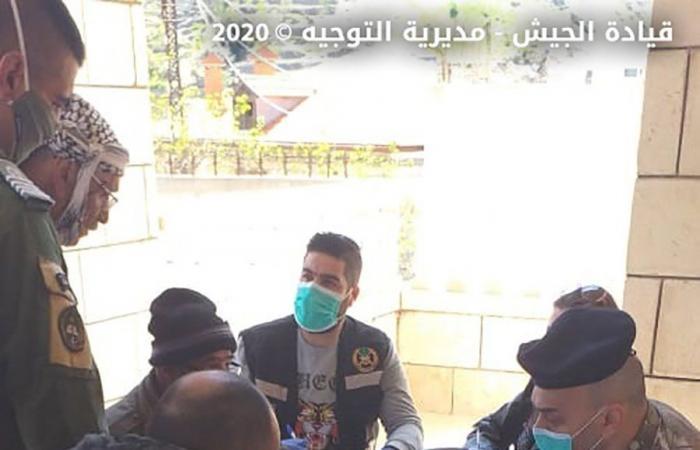 بالصور: الجيش يوزع المساعدات لليوم الثالث
