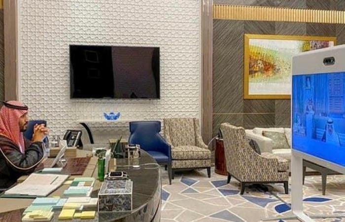 السعودية   قصة اللوحة التشكيلية التي تصدرت مكتب ولي العهد السعودي