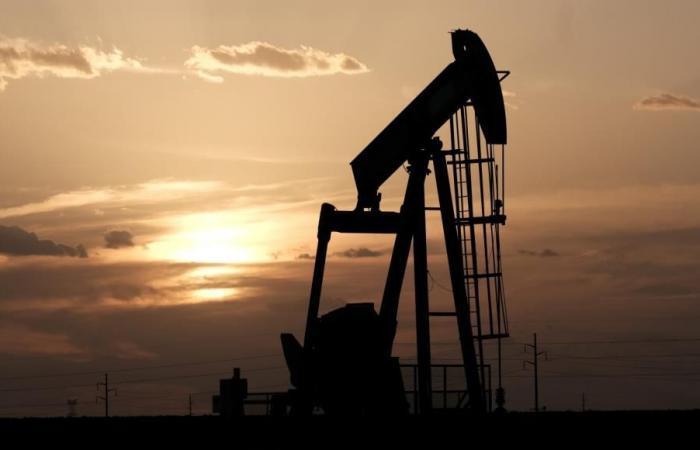 ارتفاع مخزونات الخام الأميركي أقل من المتوقع وتراجع مخزون البنزين