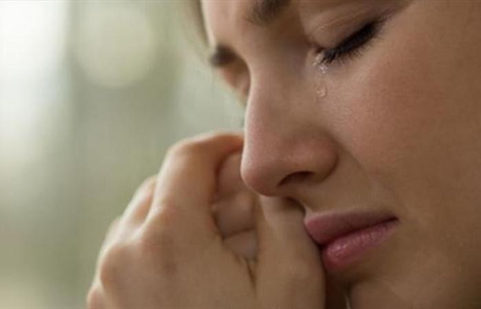 كيف يساعدك البكاء على تجاوز أزمة كورونا؟