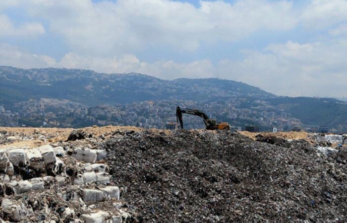 إقفال مطمر برج حمود أمام شاحنات النفايات