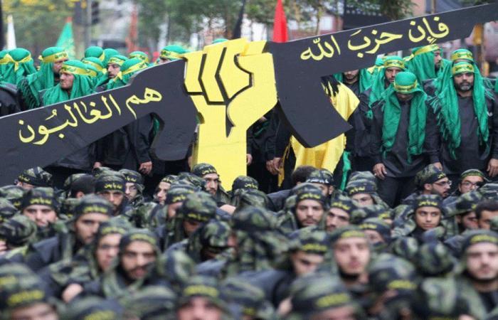 """هل يؤثر تصنيف """"الحزب"""" ارهابيا على علاقة المجتمع الدولي بالحكومة؟"""
