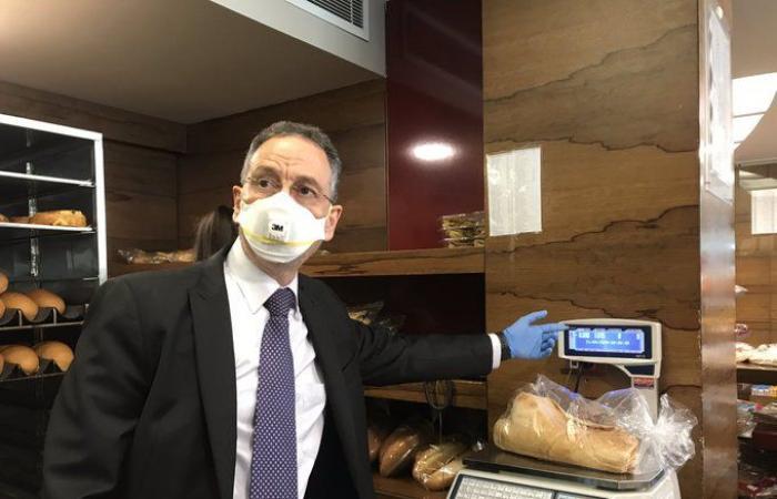 مبادرة لوزير الإقتصاد لخلق فرص العمل للبنانيين (بالصورة)