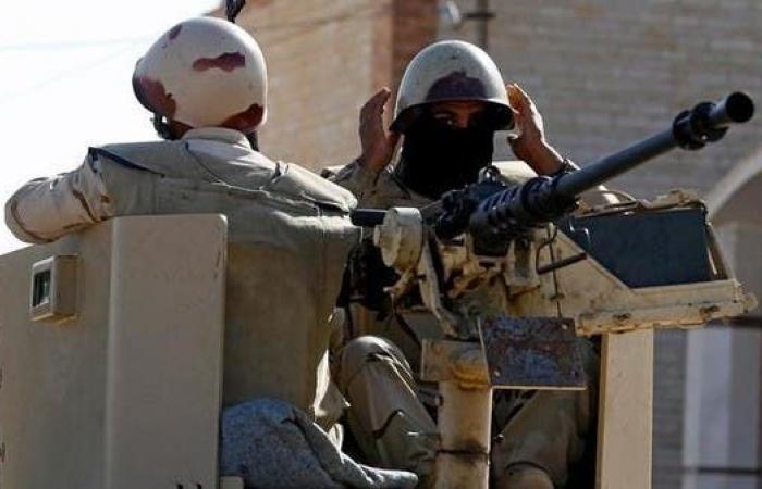 مصر | داعش يتبنى استهداف مدرعة للجيش المصري بسيناء