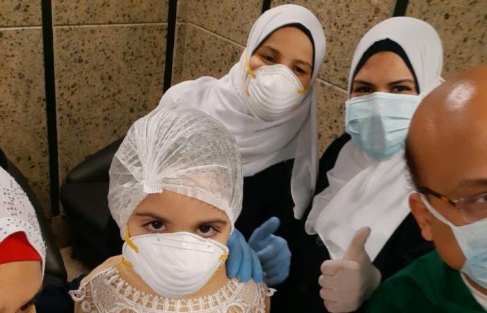 مصر   ممرضات يروين تفاصيل أيام رمضان بمستشفى عزل في مصر
