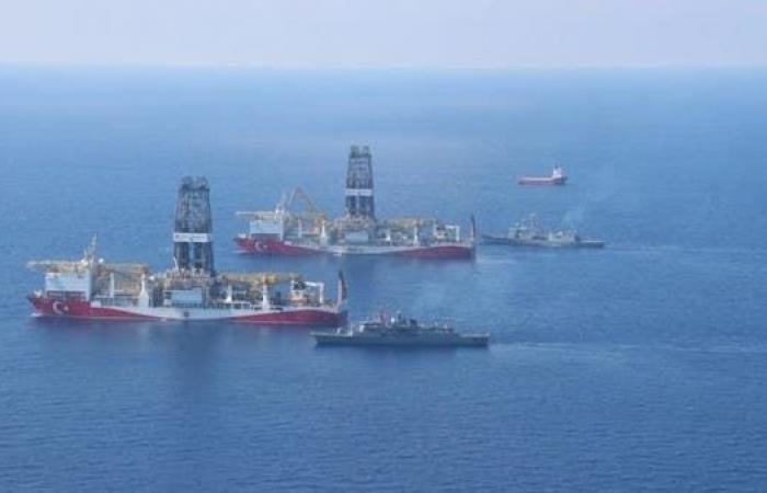 رصد بارجات حربية تركية قبالة سواحل ليبيا