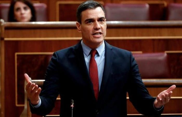 رئيس الوزراء الإسباني: قرار عودة الدوري بيد الرابطة والاتحاد