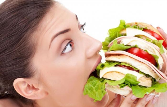 كيف يمكنكم وقف الشعور بالجوع من دون تناول طعام؟