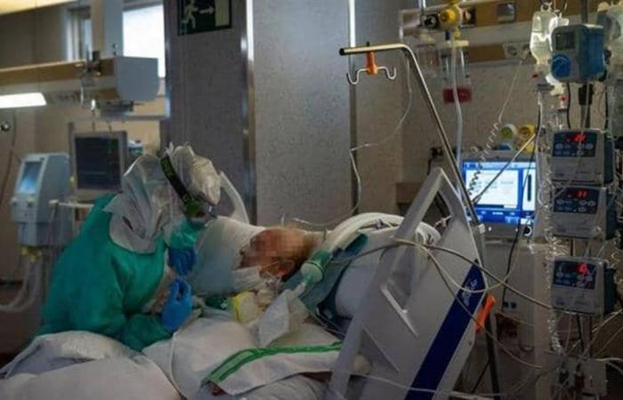 أطباء يحددون 5 أمراض جلدية مرتبطة بفيروس كورونا