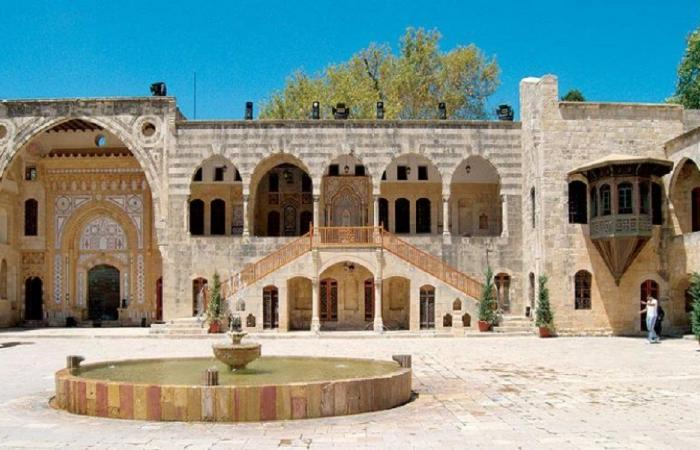 لا صحة لما يُتداول بشأن تجهيز قصر بيت الدين وتوسيعه