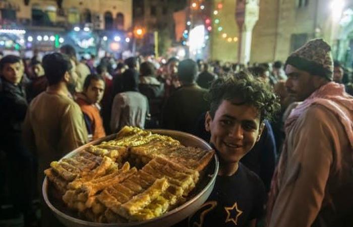 مصر | مصر تدرس تحديد مواعيد لفتح وغلق المحلات بعد كورونا