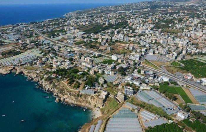 بلدية عمشيت تسمح بالتجول على الكورنيش