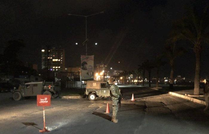إخلاء كورنيش صور من المواطنين بسبب الازدحام