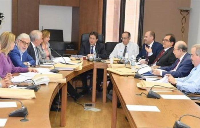 لجنة المال تستمع غدًا إلى وزيري المال والاقتصاد...