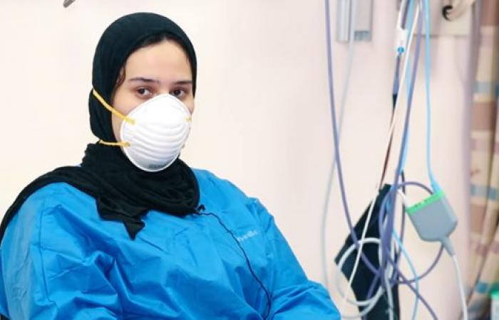 مصر | من مستشفى العزل.. شاهد ابنة أول طبيب مصري توفي بكورونا