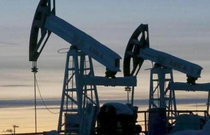المالية الروسية: سعر النفط سيصل إلى حوالي 30 دولارا للبرميل