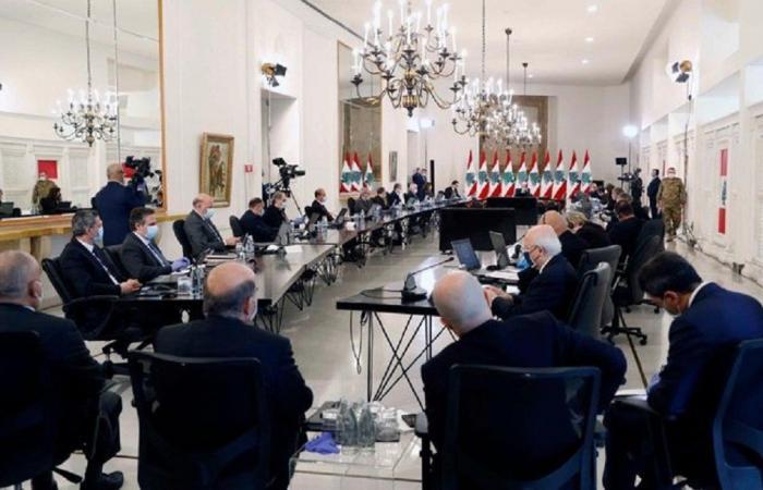 انتكاسةٌ للرئاسة اللبنانية بالغياب الوازن عن حوار القصر