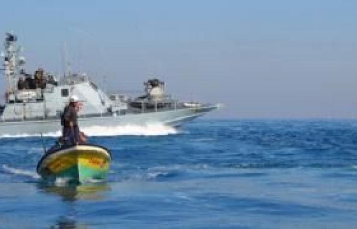 فلسطين | الاحتلال يعتقل صيادين اثنين قبالة سواحل غزة