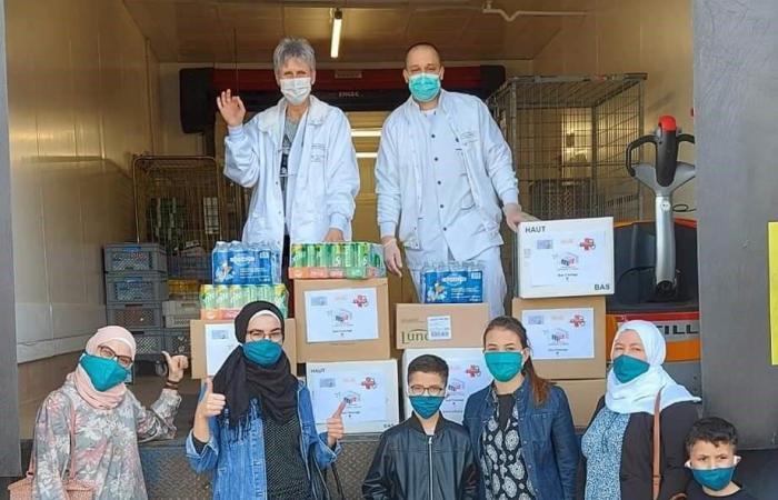 سوريا | سوريون يردون الجميل لفرنسا.. كمامات وطعام للفرق الطبية