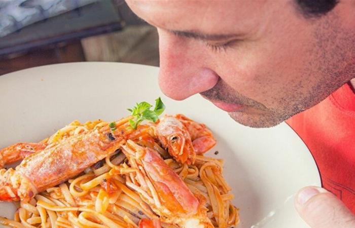 تدمر صحتك.. عادات خطيرة لا تفعلها قبل الطعام