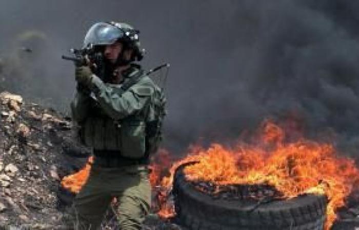 فلسطين | كفر قدوم.. ندلاع مواجهات واستهداف لخزانات المياه بالرصاص