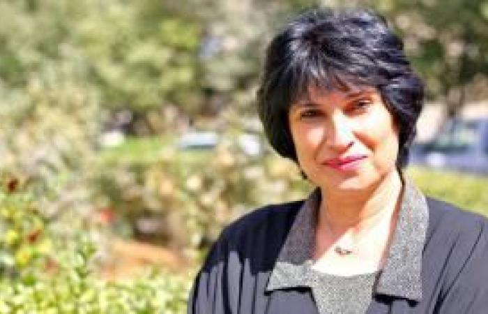 فلسطين | الأديبة ديما السمان: رواياتي تركز على أهمية الصمود في القدس ومواجهة التهويد والأسرلة