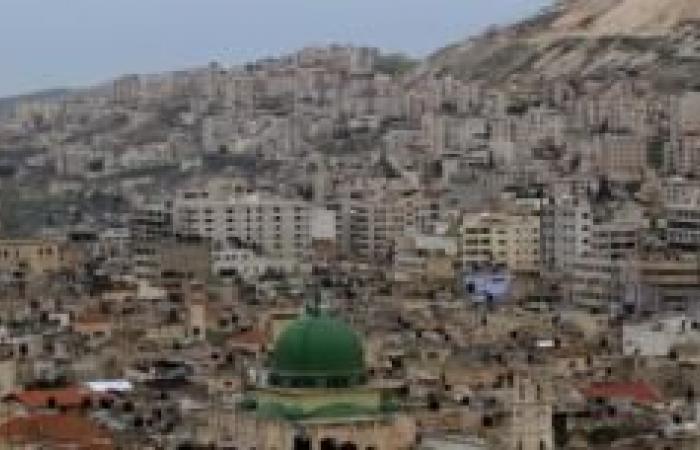 فلسطين | محافظة نابلس تسلم مجموعة من الطرود الغذائية للقرى والمخيمات