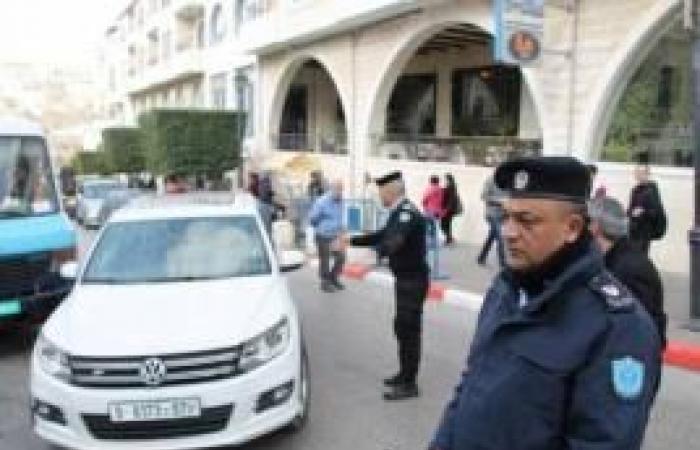 فلسطين | الشرطة تتعامل مع 1000 عامل عائد من الداخل الفلسطيني في جنين
