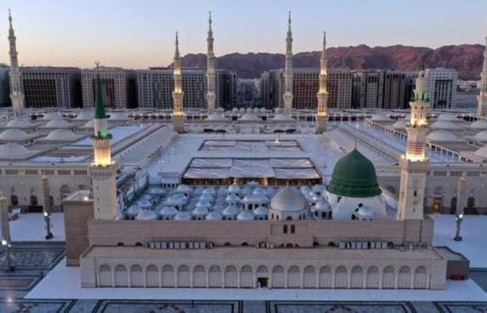 السعودية | السماح بترديد تكبيرات العيد بمساجد السعودية دون إقامة الصلاة