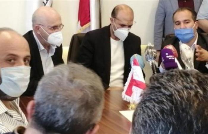 وزير الصحة في مجدل عنجر ويحذّر من كارثة