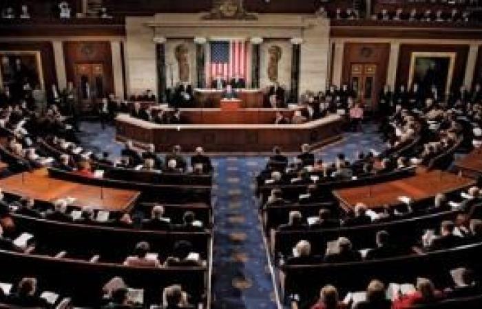 فلسطين   أعضاء في مجلس الشيوخ الأميركي يحذرون نتنياهو وغانتس من تنفيذ خطة ضم الأراضي الفلسطينية المحتلة