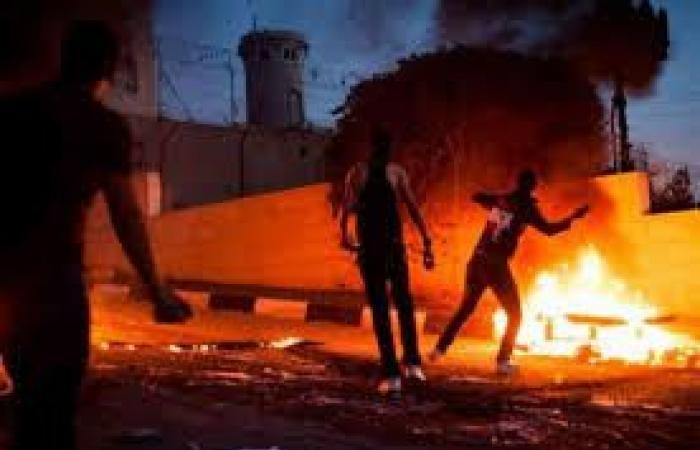 فلسطين | اندلاع مواجهات قرب المعبر الشمالي في قلقيلية