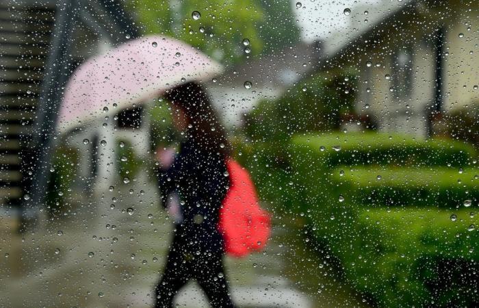 تساقط الأمطار السبت مع انخفاض بدرجات الحرارة