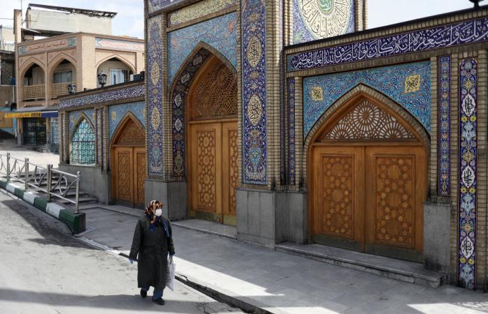 إيران   فتح دور العبادة.. روحاني: تجاوزنا مراحل كورونا الثلاث