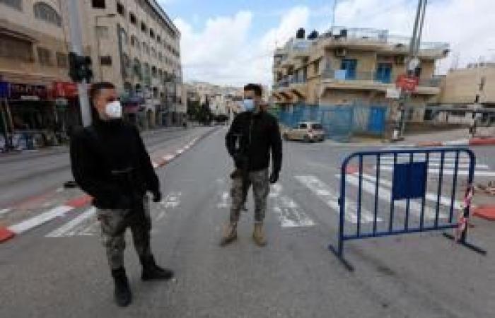 فلسطين   هكذا عاش المواطنون أجواء العيد في ظل كورونا