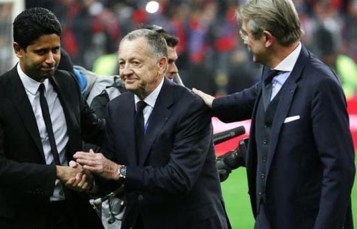 """رئيس ليون يصف قرار إنهاء الموسم وتتويج باريس بـ""""الغبي"""""""