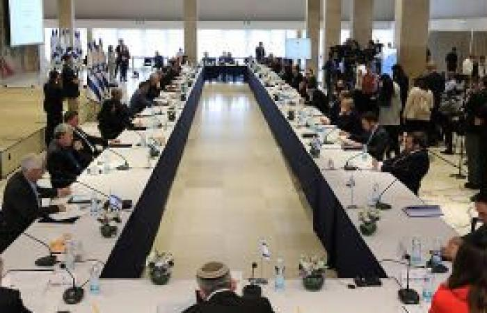 """فلسطين   حكومة نتنياهو تعقد أول اجتماع لها وتشكل """"الكابنيت"""""""
