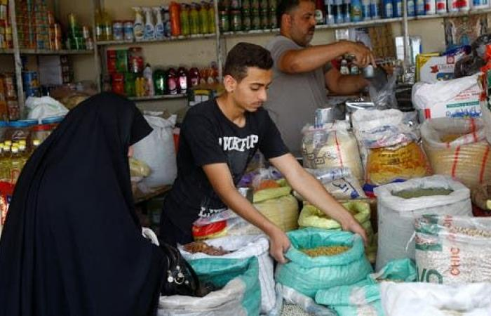 العراق | بعد فضيحة الحنطة.. سماد الفلاحين يتبخر في العراق!