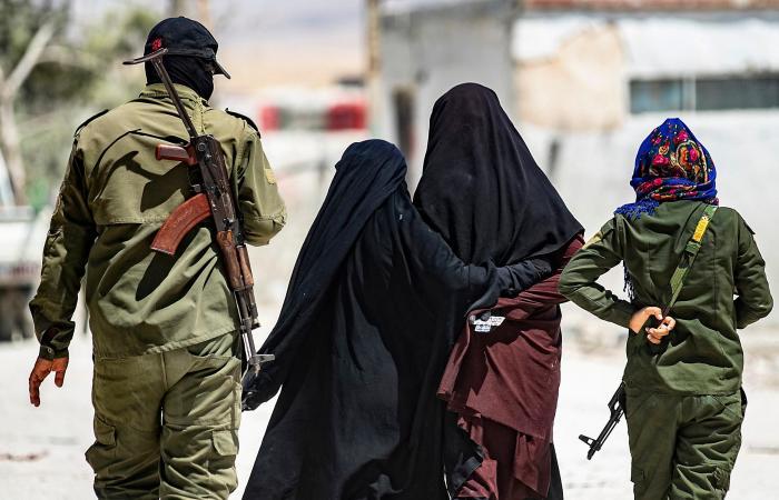"""سوريا   داعشيات الهول يضربن ثانية.. جريمة وحريق في """"الدويلة"""""""
