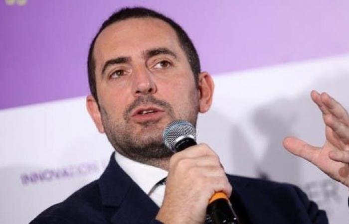وزير الرياضة الإيطالي يكشف عن موعدين محتملين لعودة الدوري