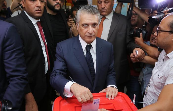 """خلافات تهز حكومة تونس.. ونائب يؤكد """"الغنوشي عاجز"""""""