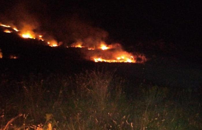 حريق في جرود بلدتي بدنايل وقصرنبا