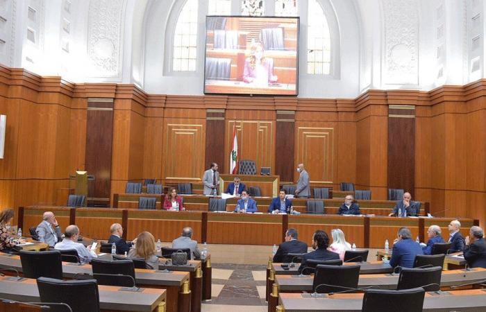 لجنة الإعلام ناقشت أداء الوسائل الإعلامية