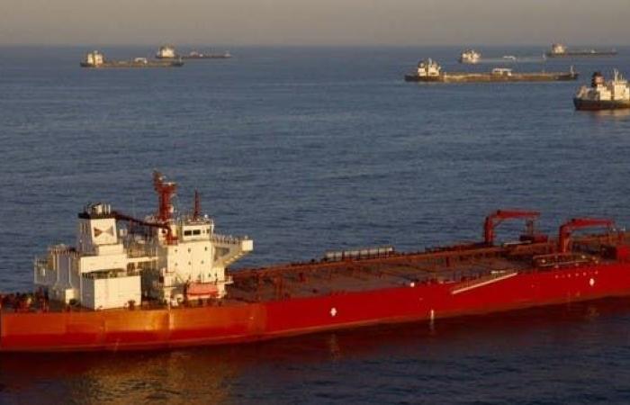 إيران   بلومبيرغ: عقوبات أميركية تستهدف حركة النفط بين إيران وفنزويلا