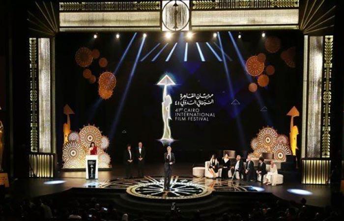 مهرجان القاهرة السينمائي يعلن قبول استقالة المدير الفني أحمد شوقي