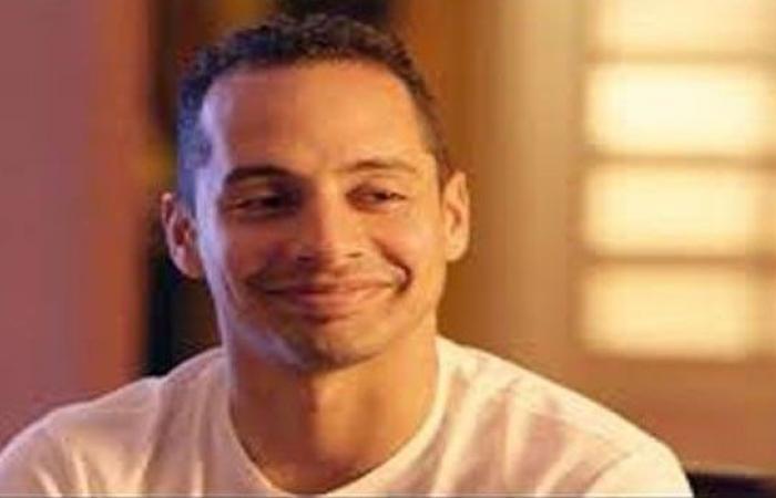 """عمرو وهبة يؤكِّد أنّ وليد الحلفاوي مخرج مسلسله الجديد """"بالقوة"""""""