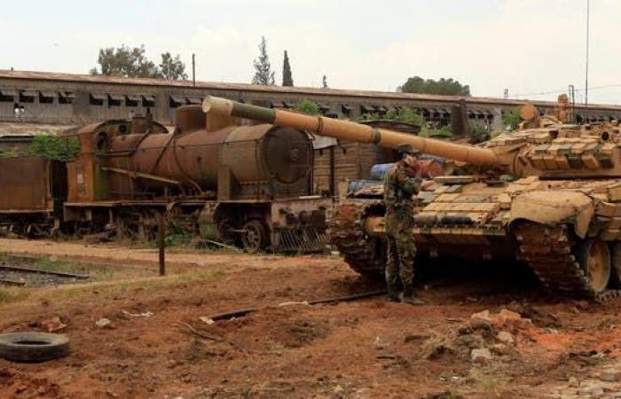 سوريا | 8 قتلى من النظام و15 من داعش باشتباكات في البادية