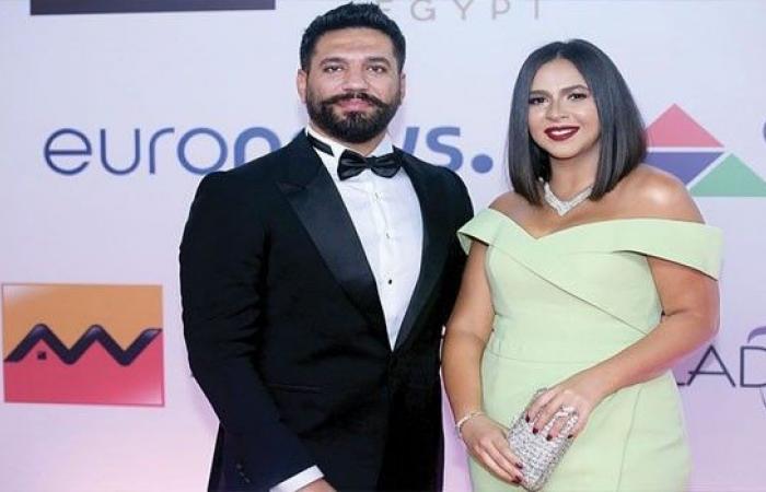 حسن الرداد وإيمي سمير غانم يحسمان الجدل حول طلاقهما