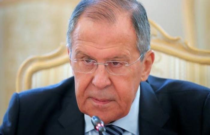 لافروف: نأمل أن تقنع تركيا الوفاق بالتوقيع على وقف النار
